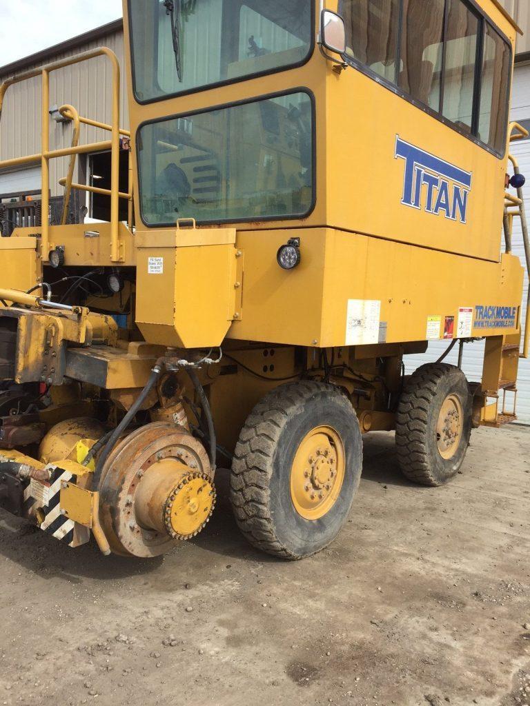 Railcar Movers - Titan Trackmobile